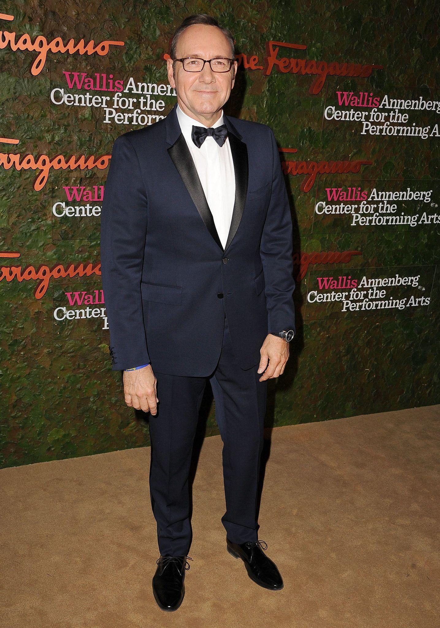 Kevin-Spacey-wore-dark-blue-tuxedo-Annenberg-Gala