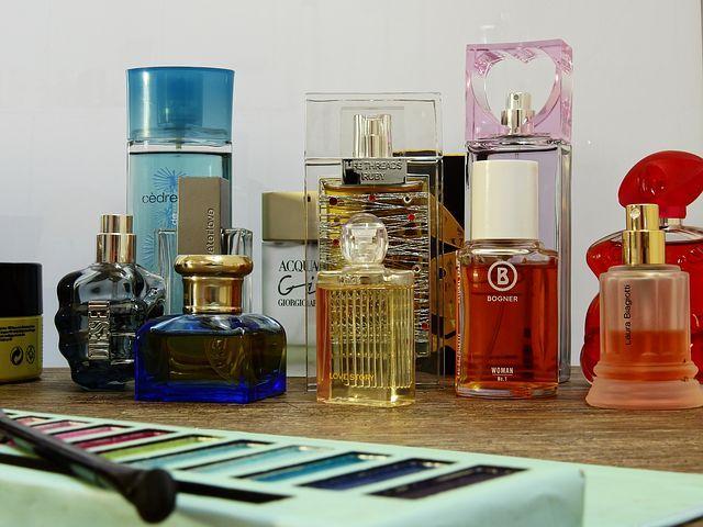 cosmetics-2389775__480