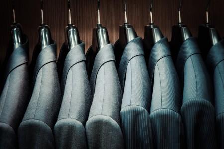 スーツの色の選び方