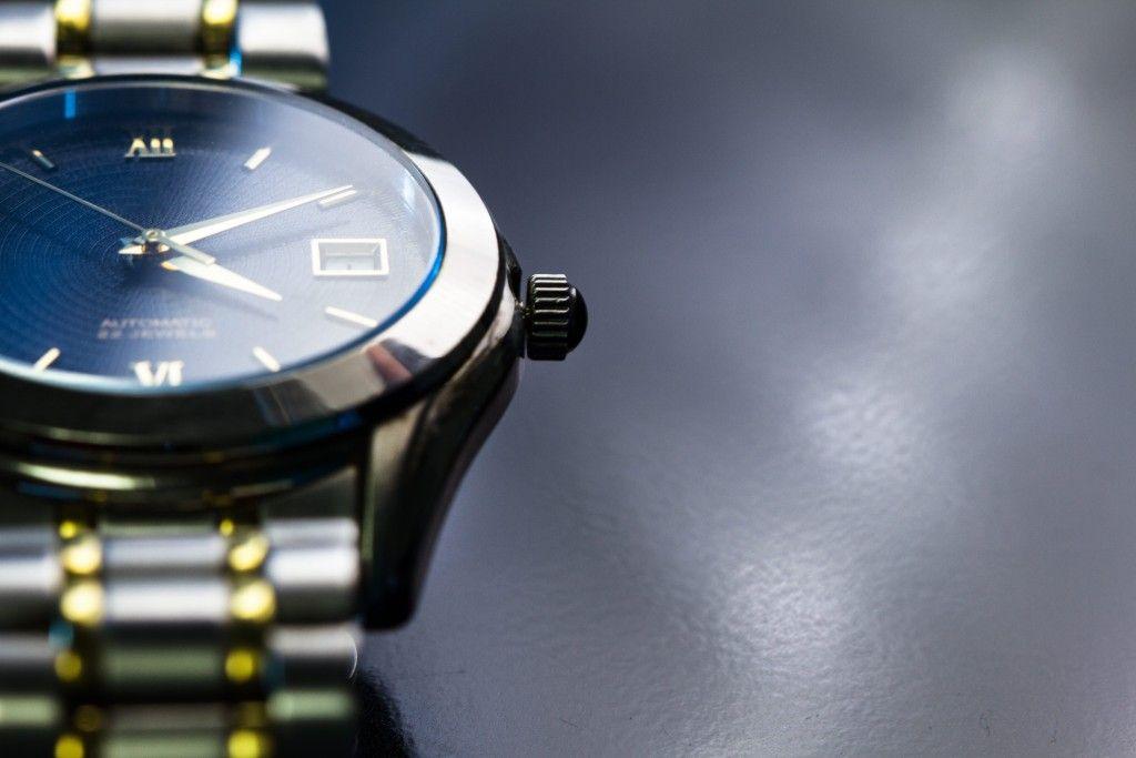 pretty nice b8940 26d61 ドイツの高級腕時計ブランド「ノモス」に注目!洗練された ...
