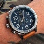 スポーツ志向ながらお洒落な雰囲気を備える「ニクソンの時計」の魅力とは