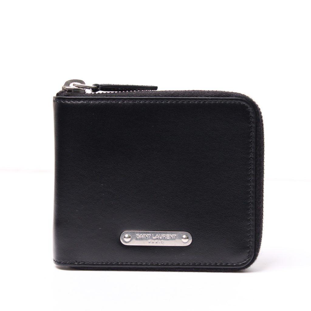 8f7b1a5ccec8 クールなハイブランド「サンローラン」。 歴史あるメゾンのメンズ財布を ...