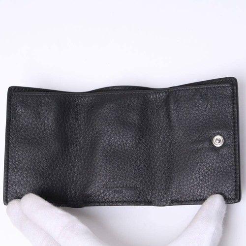 バレンシアガ三つ折り財布の内部