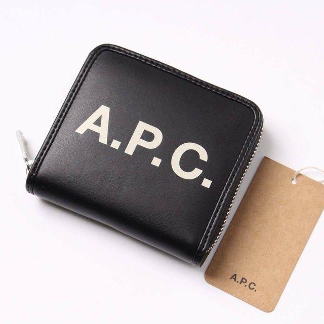b96d1213c358 シンプルさと素材が魅力!APC(アーペーセー)の人気財布おすすめ8選 ...