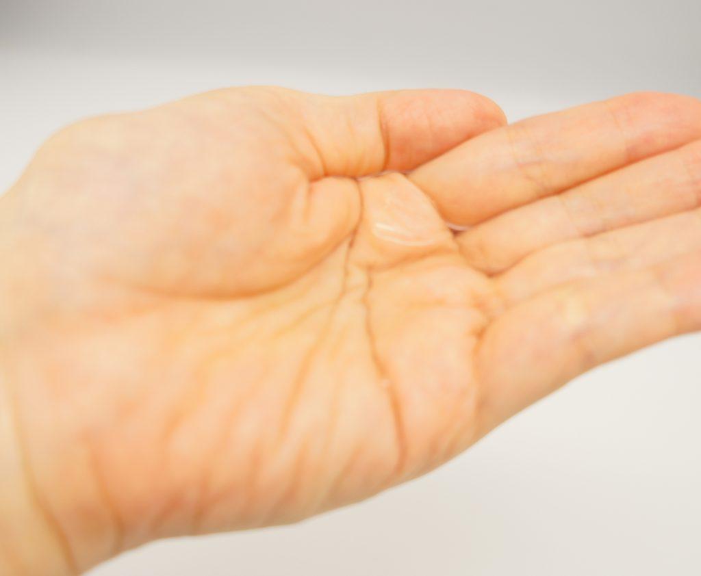 メンズスキンケアの基本手順2:化粧水