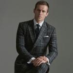 「優雅」を纏うビジネスリーダーの装い。ハリソンズ・オブ・エジンバラのオーダースーツ