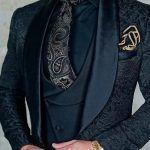 大人気スーツ消臭剤!&GINOプレミアムスーツリセッターの魅力は?口コミ付きで徹底解析