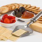 ダイエット中はおやつは食べたらダメ?太りにくいおやつの選び方をご紹介!