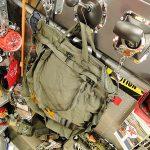 ミリタリー由来の「ヘルメットバッグ」が大人気!おすすめアイテムとコーデをご紹介!