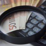 浮気調査ってどのくらいの費用がかかる?料金体系や費用相場を徹底解説!